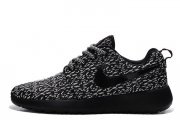 Nike Roshe Run Flyknit Turtle Black W