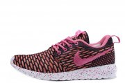 Nike Roshe Run Flyknit London Pink W